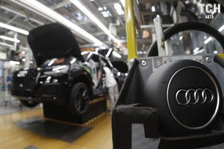 Volkswagen приостановил сборку кроссоверов Audi в России