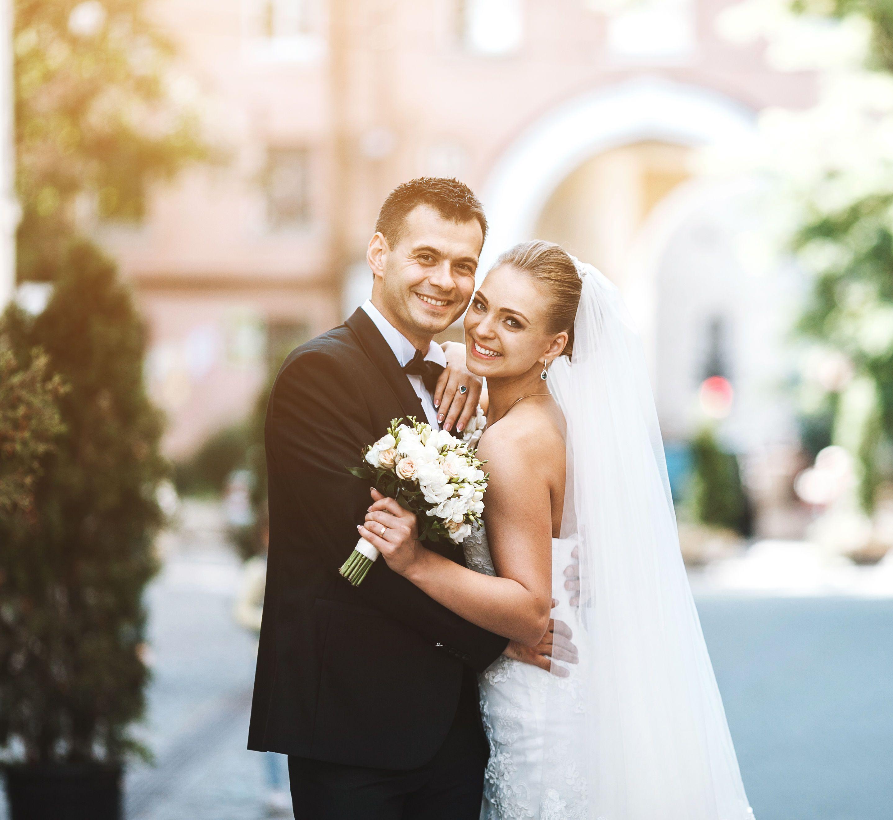 Весілля, молодята,