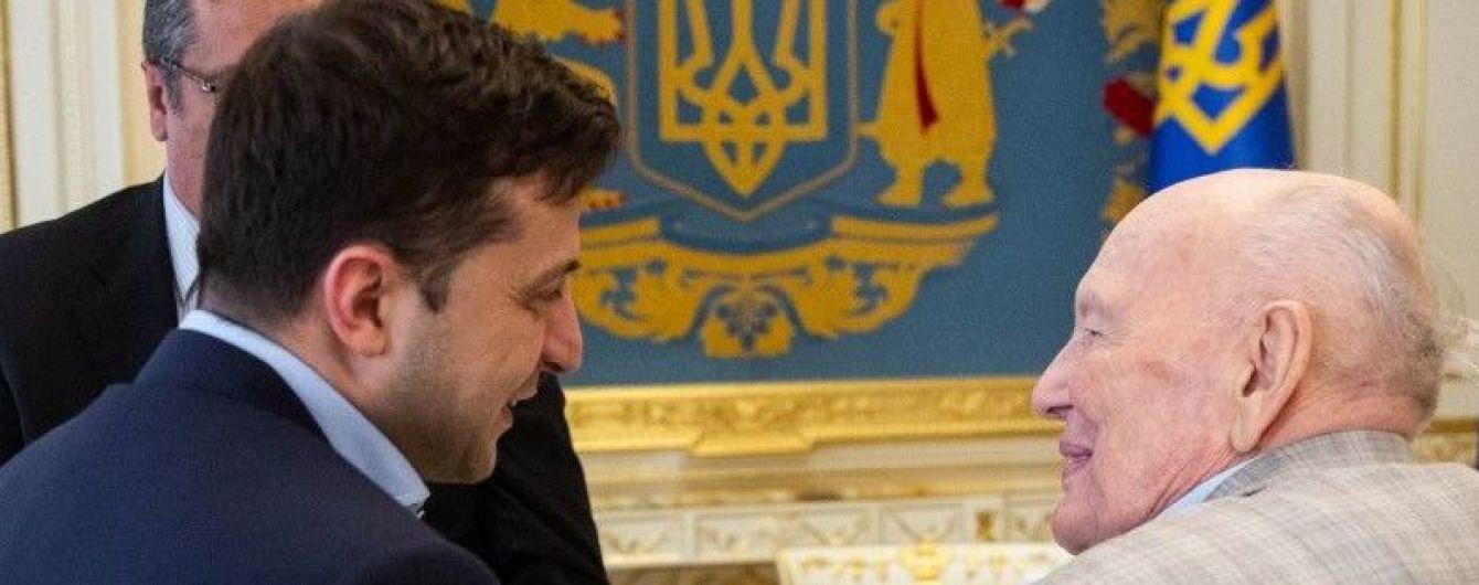 """""""Вы гордость Украинского государства"""": Зеленский поздравил Патона со 101-летием"""