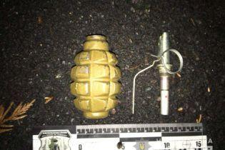 В Ровно мужчина с гранатой хотел взорвать полицейских
