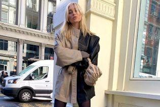 В кожаной куртке и грубых ботинках: стильный лук для прогулки от Эльзы Хоск