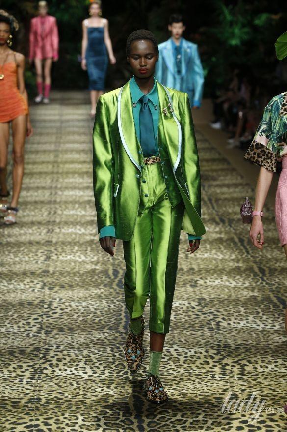 Коллекция Dolce & Gabbana прет-а-порте сезона весна-лето 2020_35