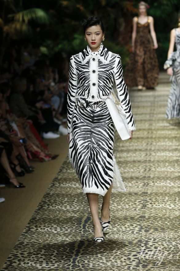 Коллекция Dolce & Gabbana прет-а-порте сезона весна-лето 2020_96