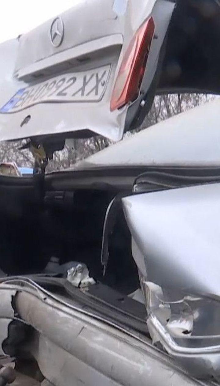 В Одессе туман с гололедом спровоцировал транспортный коллапс