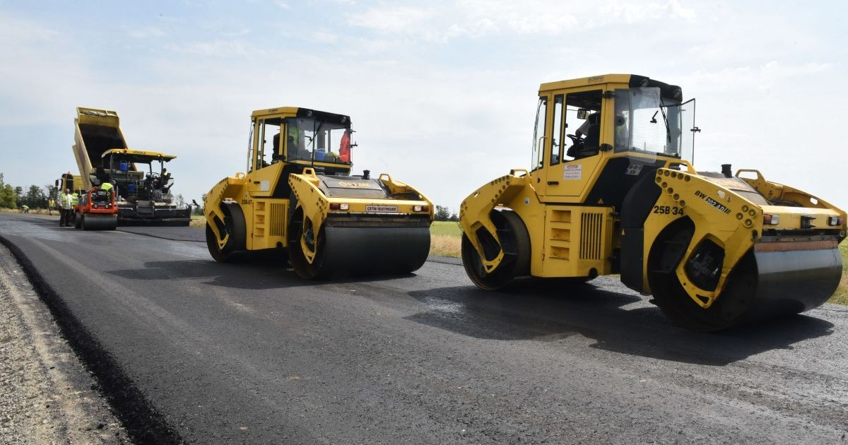 В этом году в Украине начнут строить первую платную дорогу: сколько будет стоить километр
