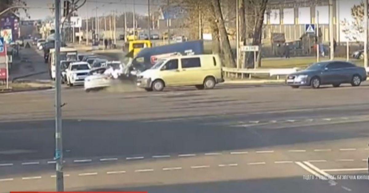 """""""Зла не держу"""". Пострадавший в ДТП с Кулебой водитель получил финансовую помощь от чиновника"""