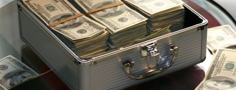 """Российские контрабандисты перевозили набитые долларами десятки чемоданов для """"Хезболлы"""". Их задержали в Ливии - россСМИ"""
