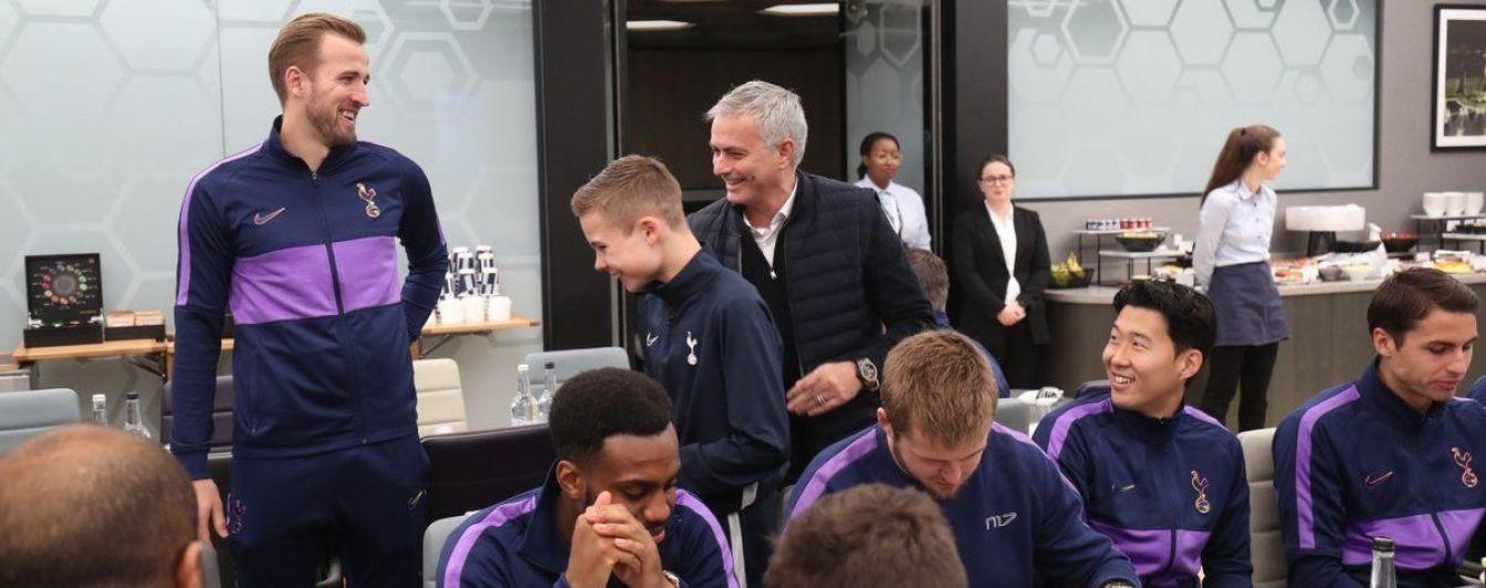 Моурінью подякував болбою за допомогу в Лізі чемпіонів, запросивши його пообідати з командою