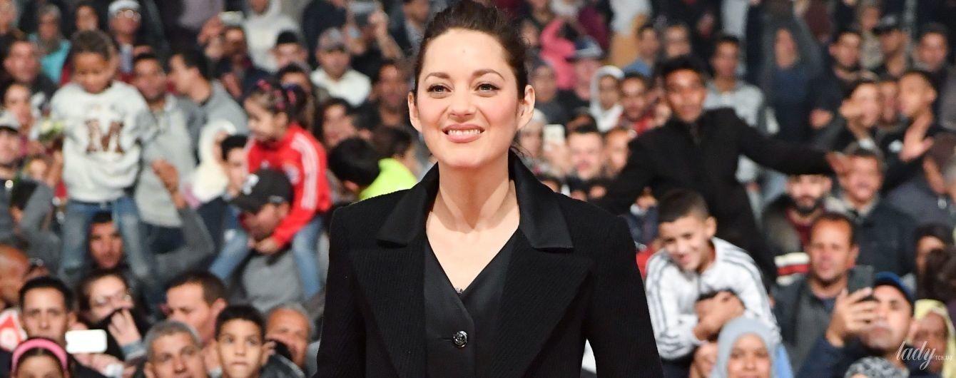 В вечернем платье и обуви в тон: Марион Котийяр на красной дорожке кинофестиваля в Марокко