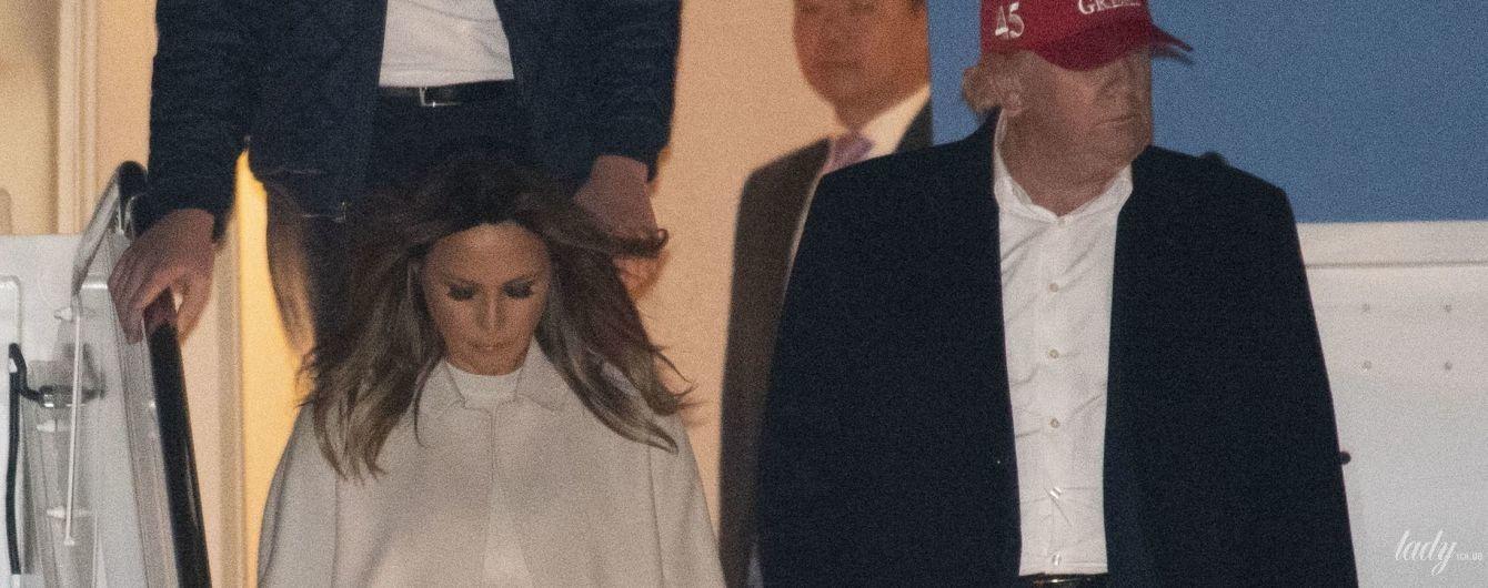 В белом платье и пальто: нежный аутфит Мелании Трамп