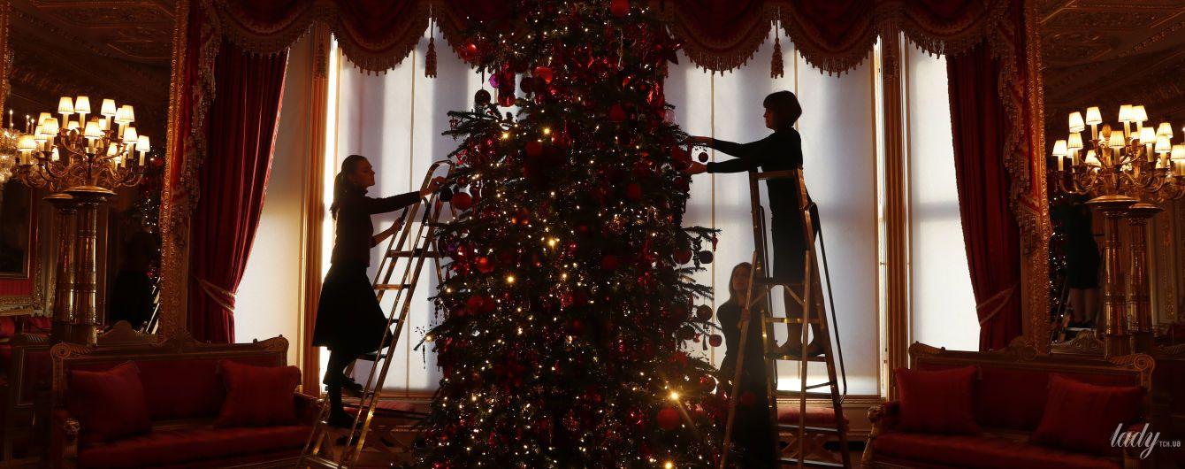 Как красиво: Виндзорский замок уже украсили к Рождеству