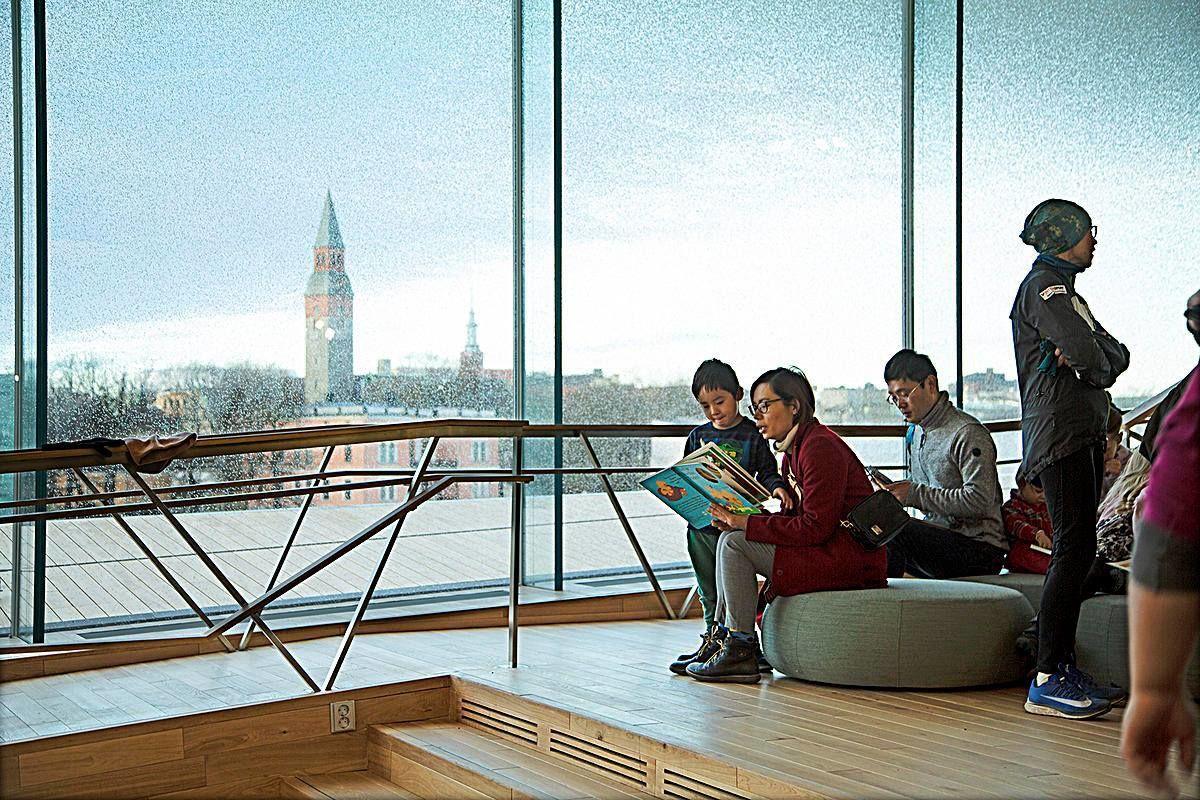 центральна бібліотека Oodi у Гельсінкі
