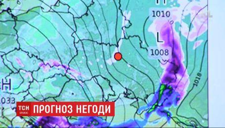 Зима наконец-то в Украине: синоптики пообещали мокрый снег и гололед
