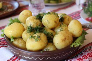 В Украину завозят рекордное количество картофеля