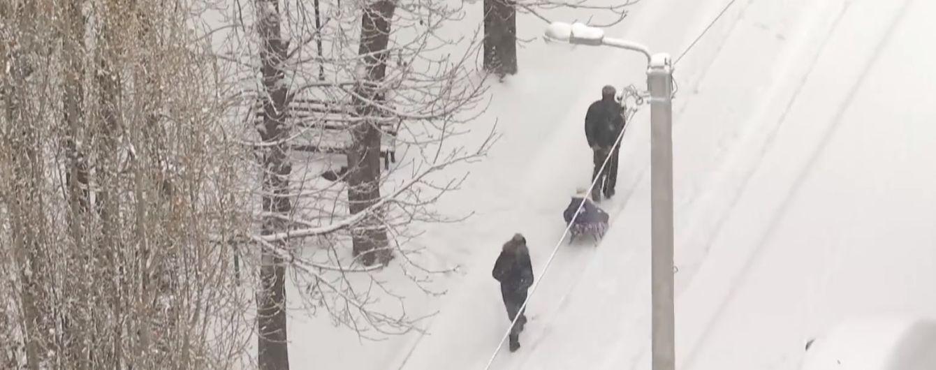 В России мужчина умер от переохлаждения по дороге на похороны умершего от холода родственника
