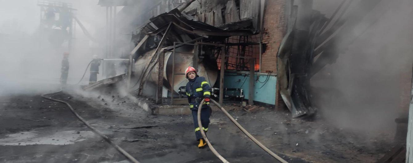 В Полтаве горели склады. Пожар тушили около пяти часов
