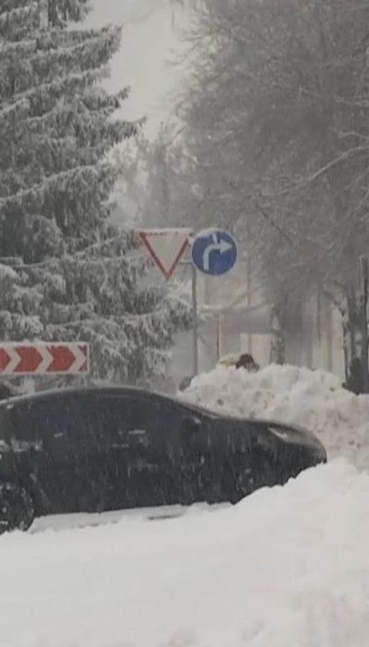 Харків засипало снігом: висота покрову сягає понад 10 сантиметрів