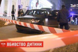 Суд изберет меру пресечения мужчинам, которые стреляли по автомобилю депутата Соболева и убили его сына