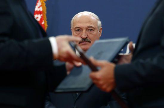 """""""Я не пацан, і я не хочу перекреслити все, що зробив"""". Лукашенко заявив, що не дозволить об'єднання з РФ"""