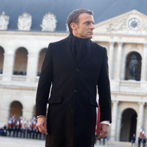 Во Франции нашли российский след в MacronLeaks, Лавров отрицает