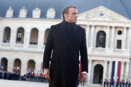 Президент Франції заявив, що Китай міг приховати інформацію про коронавірус