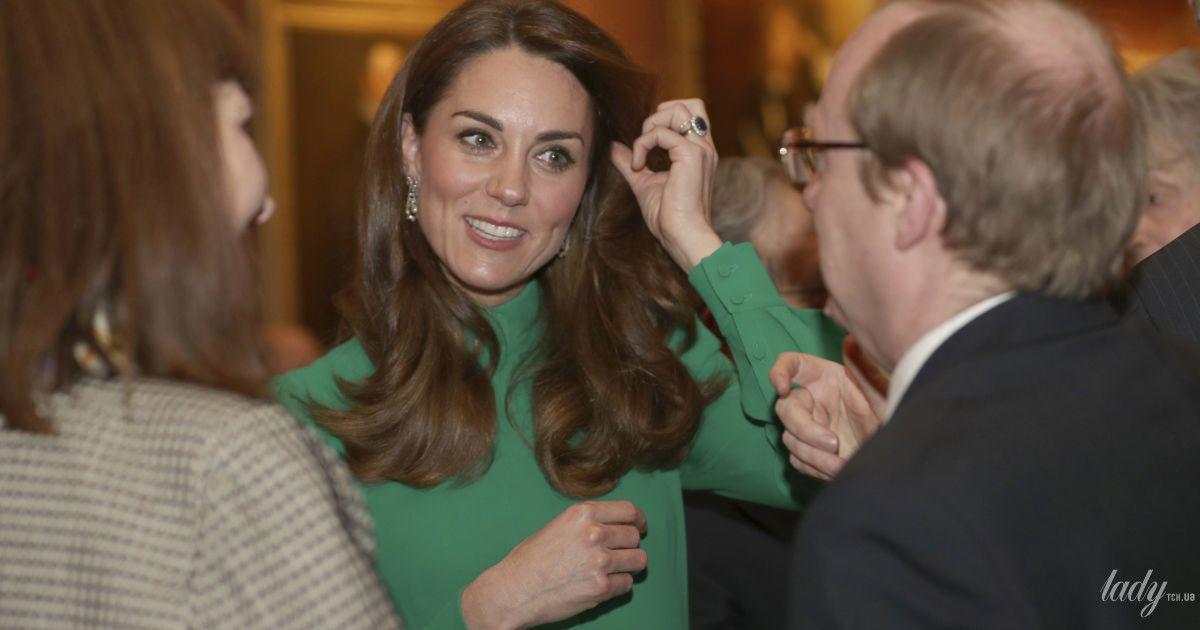 В изумрудном наряде и с бриллиантами: герцогиня Кембриджская на торжественном мероприятии