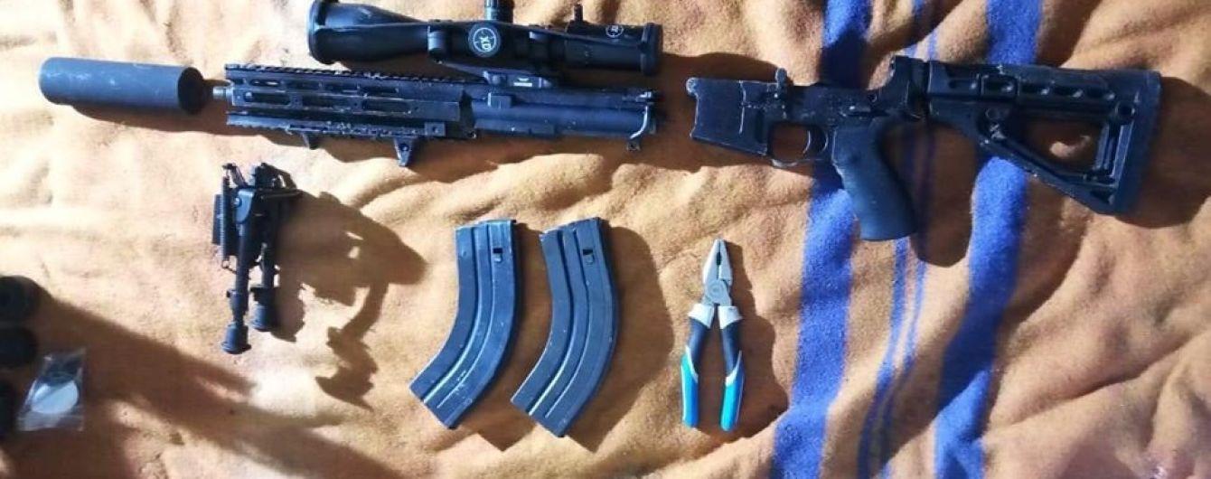 У МВС показали зброю, з якої могли вбити трирічного сина Соболєва