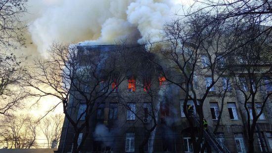 Міський голова Одеси назвав імовірну причину загоряння в коледжі