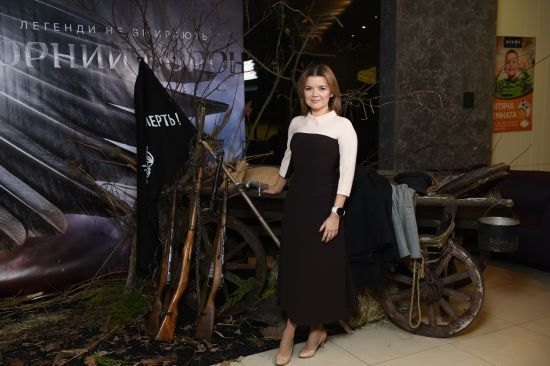 """Марічка Падалко та Наталя Сумська першими побачили історичний екшн """"Чорний ворон"""""""