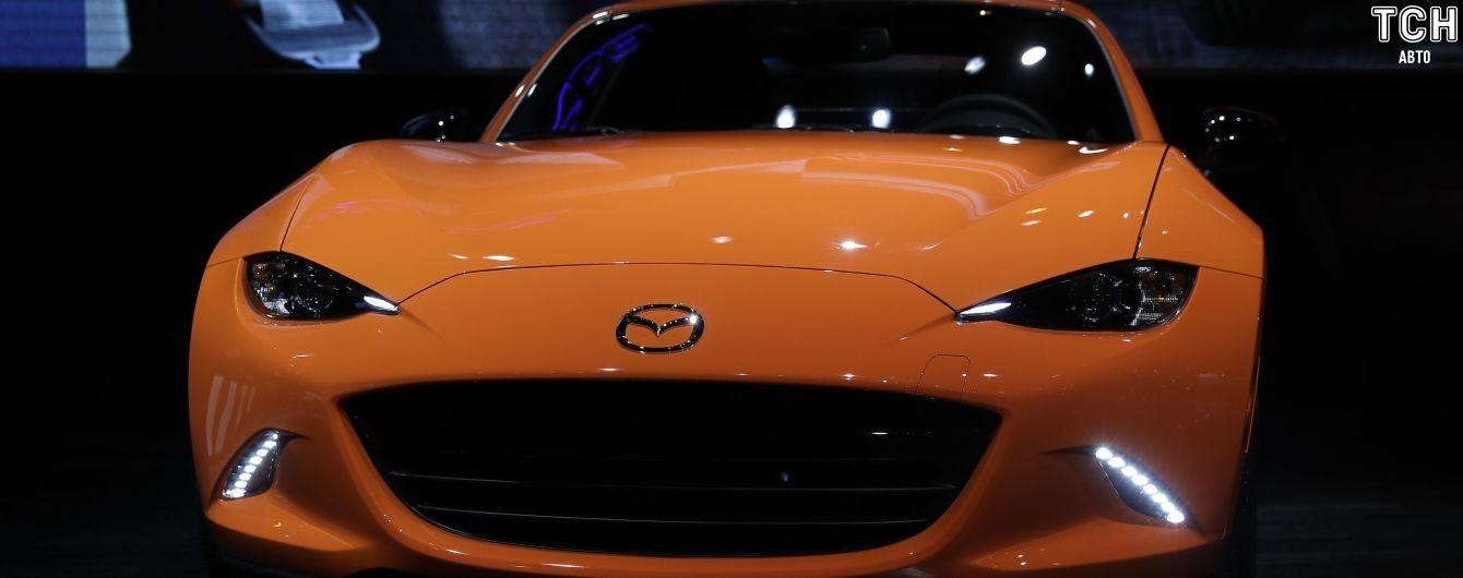 У Mazda планують випустити культовий родстер на електриці