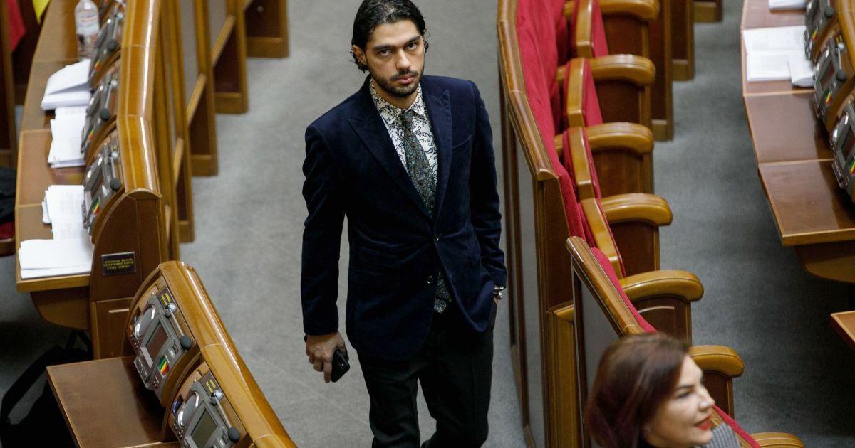 """Гео Лерос звинувачує Зеленського у тиску на депутатів для виключення його з фракції """"Слуги народу"""""""