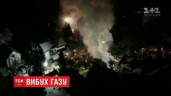 Вибух у Польщі: під завалами будинку виявили тіла восьми людей