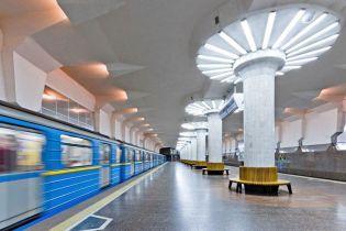 Кернес просить уряд дозволити роботу харківського метро