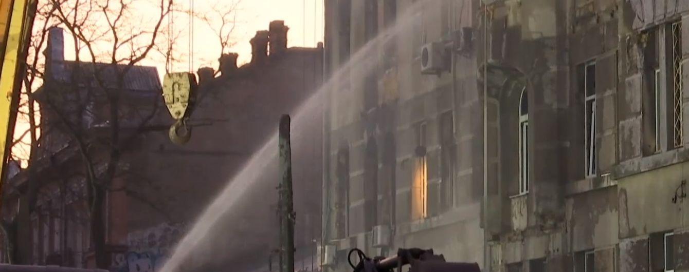 Смертельный пожар в Одессе: поисковая операция продолжается, пропавших без вести снова 14