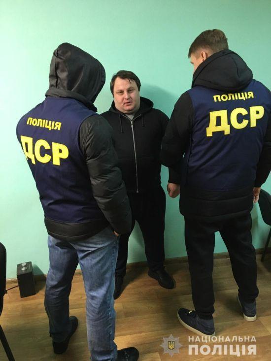 """Поліція затримала пітерського """"злодія в законі"""" у Харкові"""