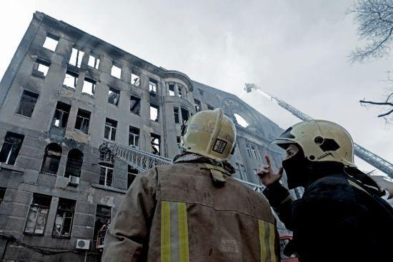 У МВС розповіли, коли відзвітують перед Кабміном щодо розслідування пожежі в коледжі Одеси