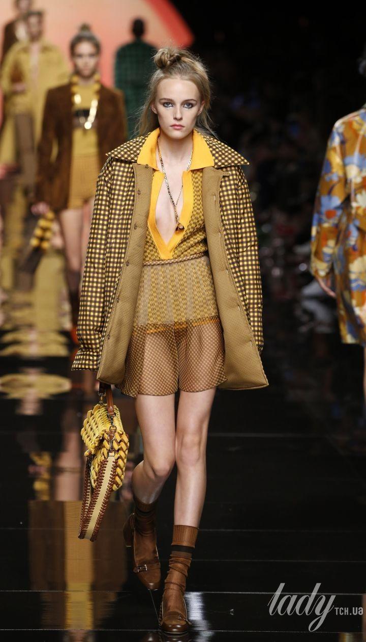 Колекція Fendi прет-а-порте сезону весна-літо 2020 @ East News