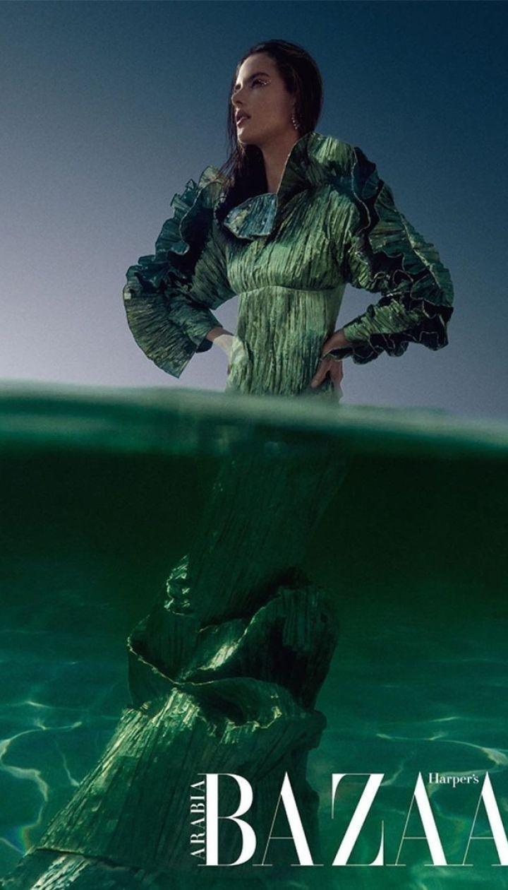 Алессандра Амбросіо у фотосесії Harper's Bazaar Arabia
