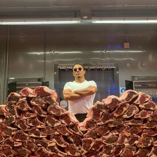 Всесвітньо відомий шеф-кухар заявив про бажання битися з Нурмагомедовим та Макгрегором