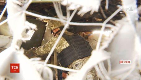 Близько десятка артилерійських снарядів бойовики випустили по жителях Мар'їнки
