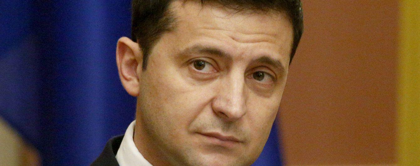 """У Зеленского обнародовали его график во время """"нормандского саммита"""""""