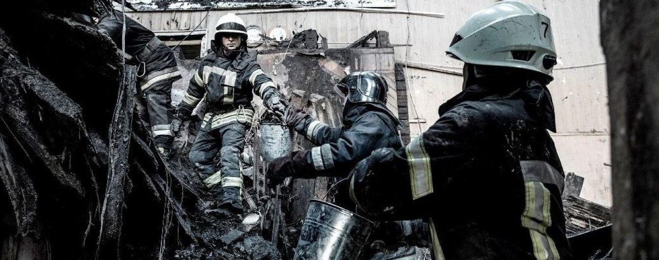 Під завалами згорілого одеського коледжу знайшли тіла ще двох загиблих