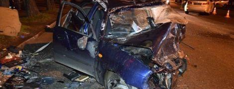 В Николаеве погибли водитель и пассажир такси после ДТП с Lexus, который вылетел на встречку