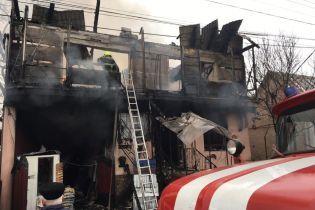 На Закарпатье дотла сгорел магазин стройматериалов