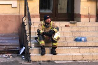 Нехватка лестниц и батутов: могли ли одесские спасатели достать из огня больше людей