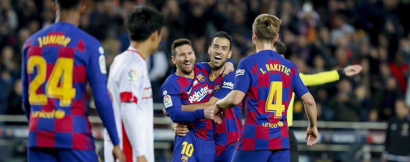 """Хет-трик Месси позволил """"Барселоне"""" уничтожить """"Мальорку"""", аргентинец побил рекорд Роналду"""