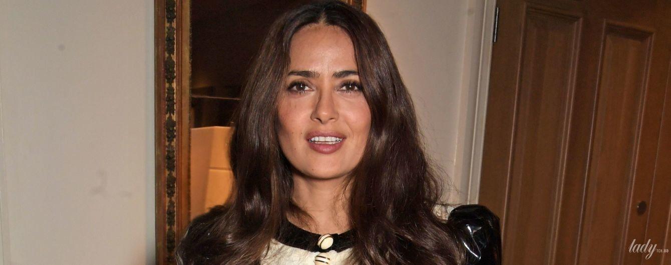 В необычном платье: Сальма Хайек на вечеринке в Лондоне
