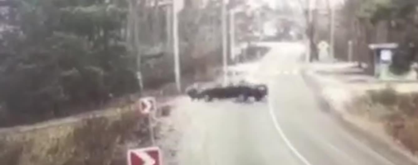Появилось видео аварии под Киевом, в которой пострадали двое детей