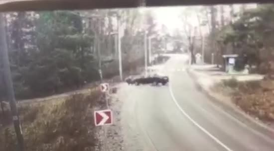 З'явилось відео аварії під Києвом, в якій постраждали двоє дітей