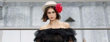 Пышные юбки и короткие шорты в коллекции Chanel прет-а-порте сезона весна-лето 2020